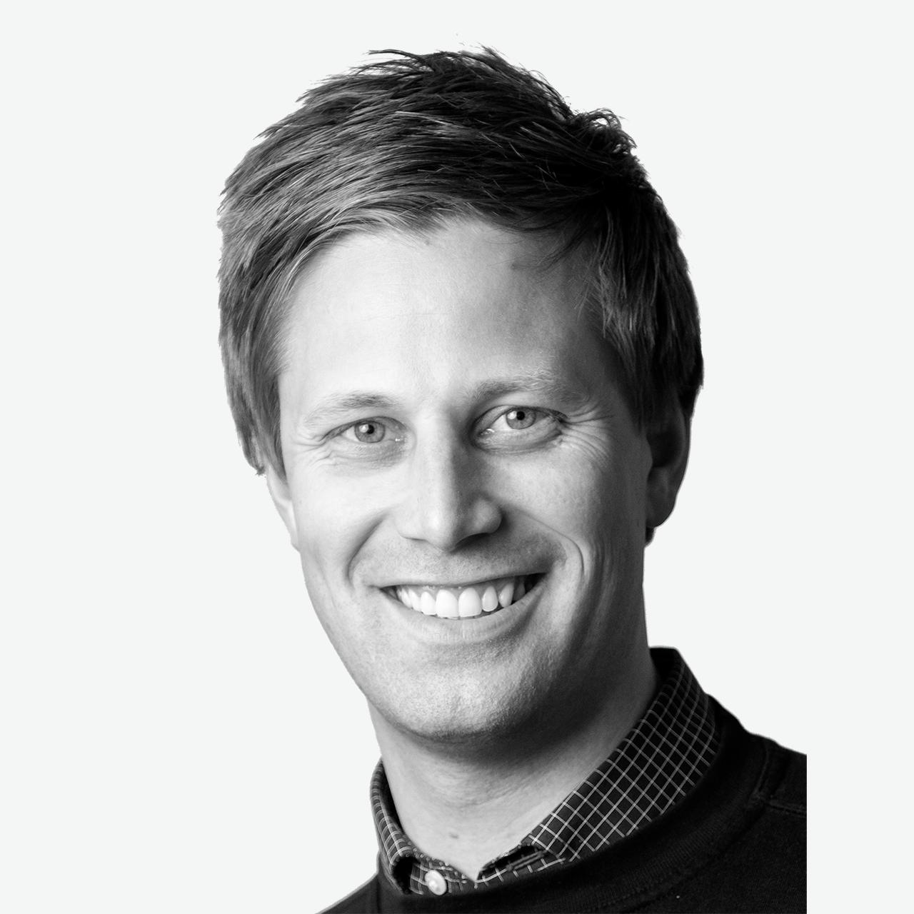 Sigurd Hage : Serviceleder